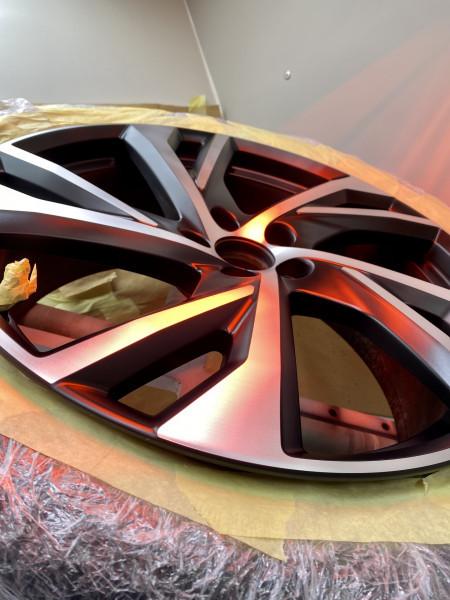 What are Diamond Cut Alloy Wheels?