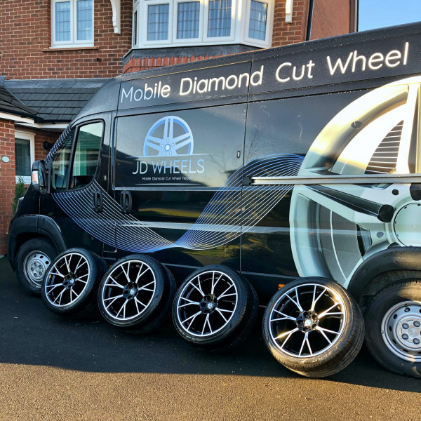 Why Use a Mobile Alloy Wheel Repair Service?