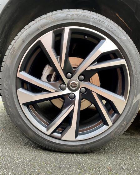 Should I Get My Alloy Wheels Refurbished?